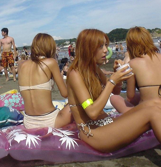 【素人水着エロ画像】ガチ素人娘たちの水着姿が生々しくて抜けるッ! 23