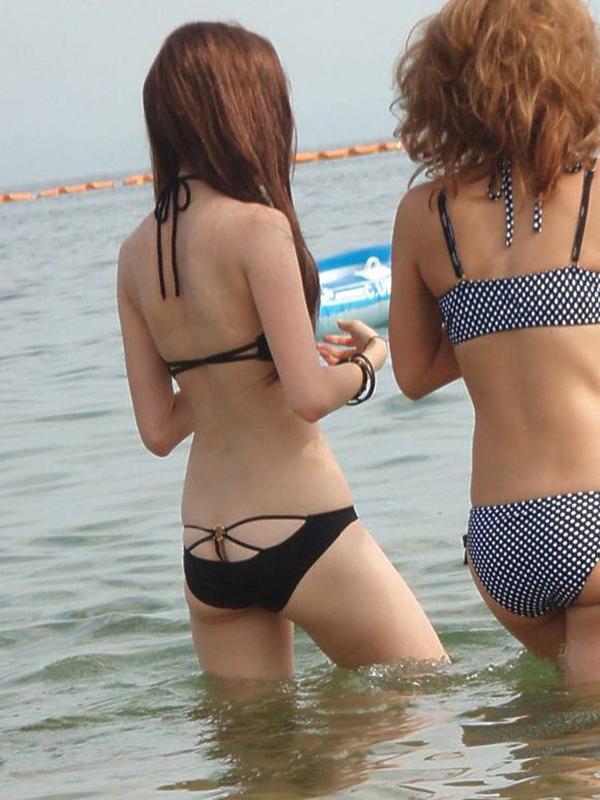 【素人水着エロ画像】ガチ素人娘たちの水着姿が生々しくて抜けるッ! 31