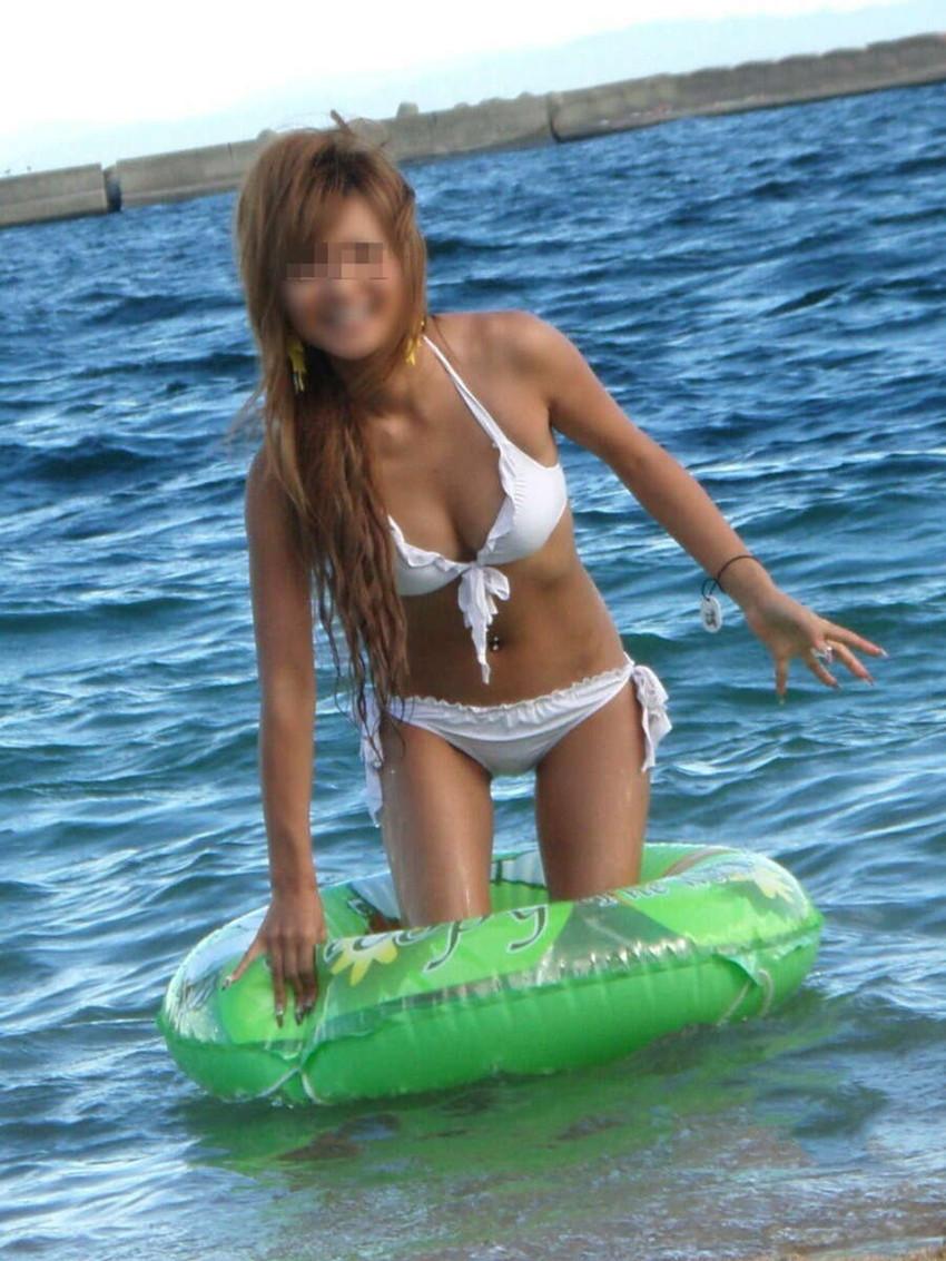 【素人水着エロ画像】ガチ素人娘たちの水着姿が生々しくて抜けるッ! 35