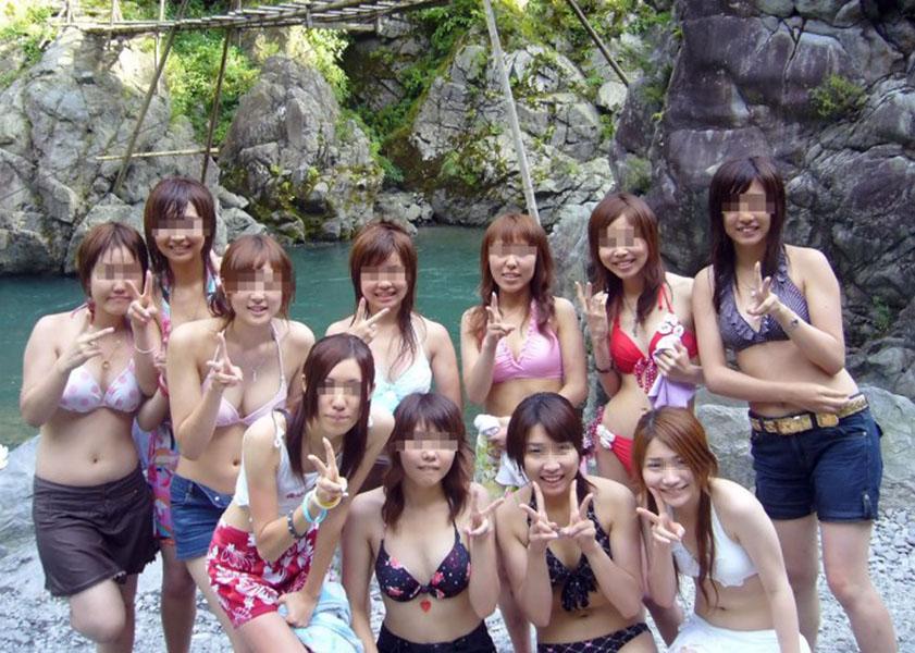 【素人水着エロ画像】ガチ素人娘たちの水着姿が生々しくて抜けるッ! 40