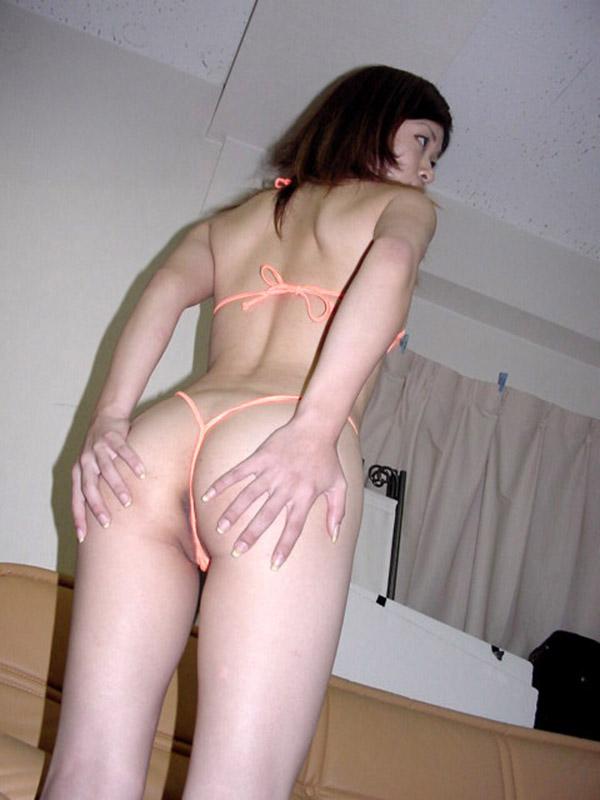 【Tバックエロ画像】お尻が丸見え!セクシーすぎるパンティーといえばこれwww 08