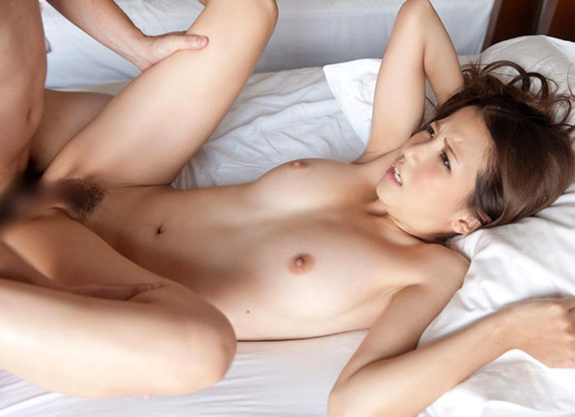 【正常位セックスエロ画像】愛を感じられると女の子に大人気のセックスの体位がこちらw 19