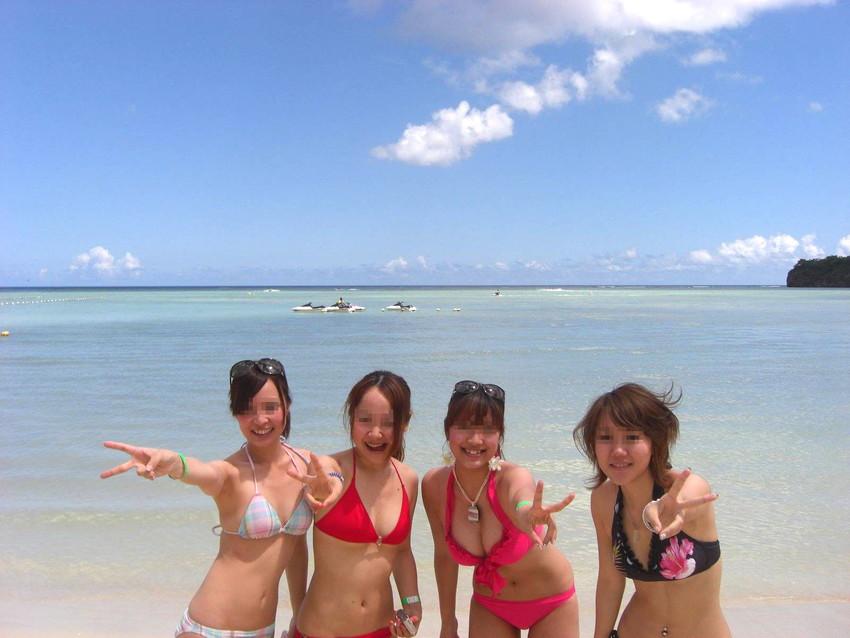 【素人水着エロ画像】下着同然!?生々しいまでの素人娘たちの水着姿! 12