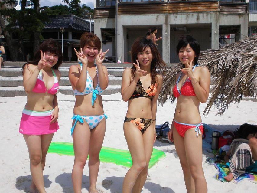 【素人水着エロ画像】下着同然!?生々しいまでの素人娘たちの水着姿! 38