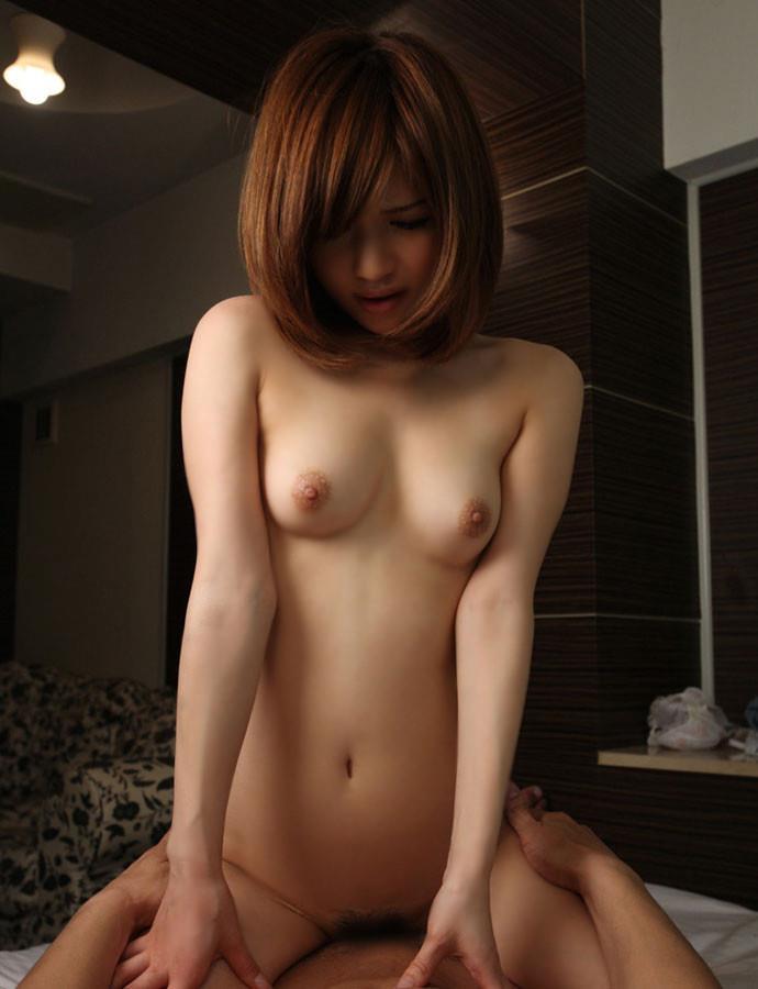 【騎乗位エロ画像】女の子にリードされてセックスを楽しみたいならオススメの体位! 29
