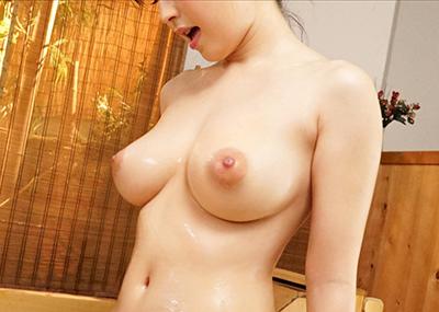 【美乳エロ画像】こんな美乳なおっぱいの彼女がいたらそれだけで勝ち組確定!