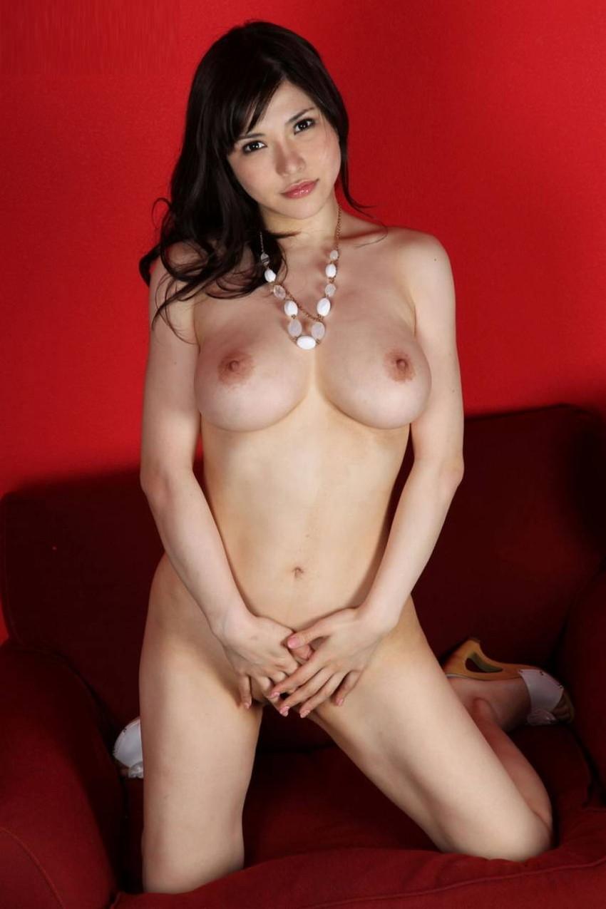 【美乳エロ画像】こんな美乳なおっぱいの彼女がいたらそれだけで勝ち組確定! 27