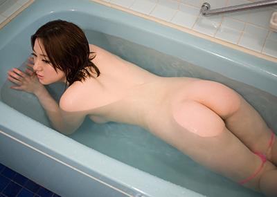 【美尻エロ画像】女の子のまあるいお尻に特化させた美尻エロ画像がこちら!