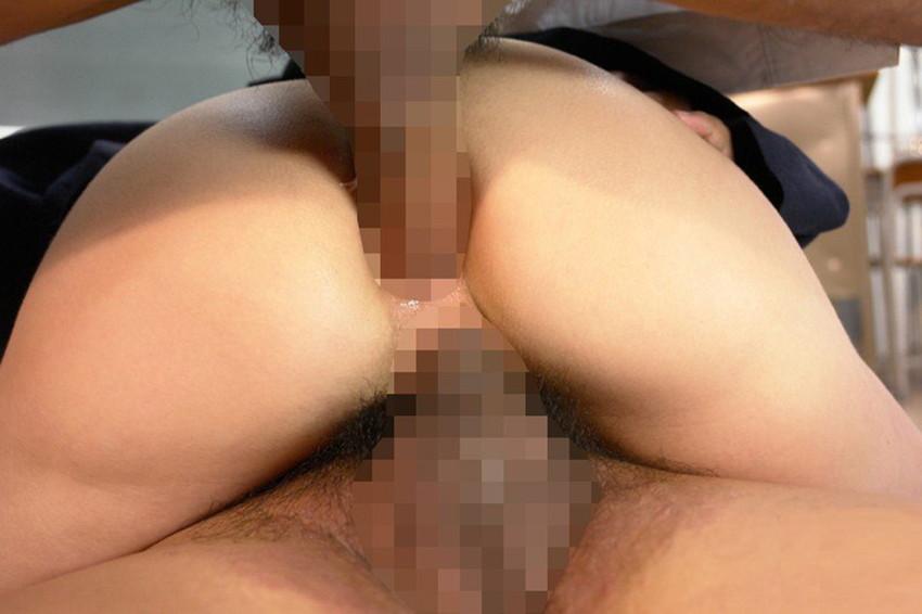 【2穴セックスエロ画像】前と後ろの穴に同時にチンポを挿入されて喘ぐドスケベ女! 17