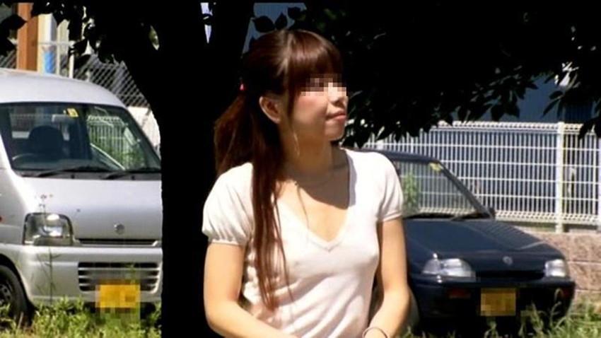 【ノーブラエロ画像】街中でこんな女の子見かけたら、どうしたって二度見するだろ!? 45
