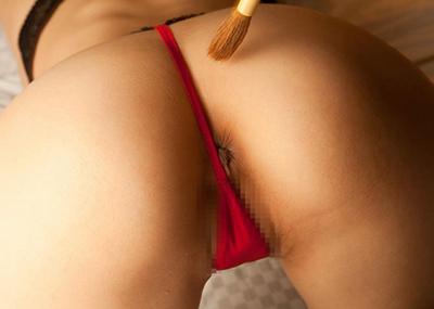 【画像28枚】アヌスの皺がはみ出てるTバックのエ□さは異常wwwwwwwwwwwwwwww