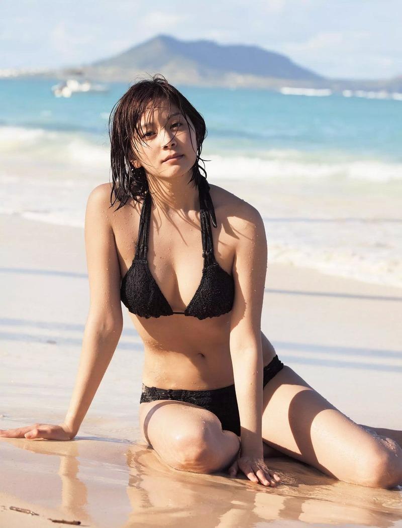 【水着エロ画像】時期はまだ早いけど女の子の水着ならいつ見ても良いなwww 48