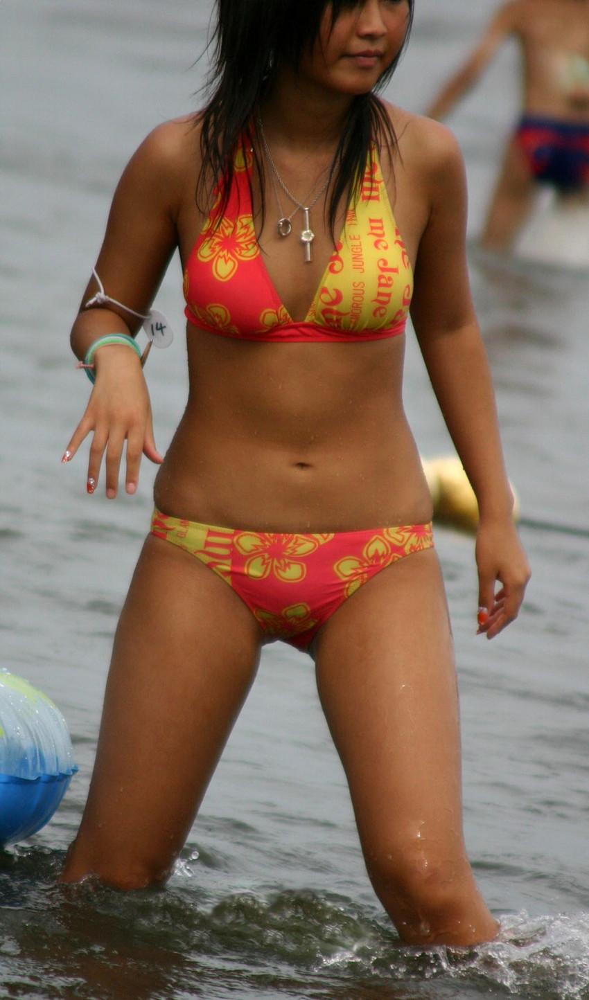 【素人水着エロ画像】素人娘たちの生々しい水着姿にドッキドキ!wwww