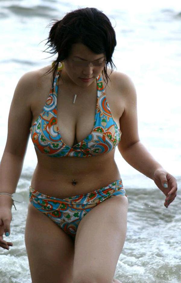 【素人水着エロ画像】素人娘たちの生々しい水着姿にドッキドキ!wwww 25