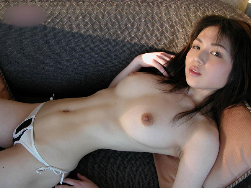 【美乳エロ画像】クッソ綺麗なおっぱいの女の画像集めたったぜwwwww 13