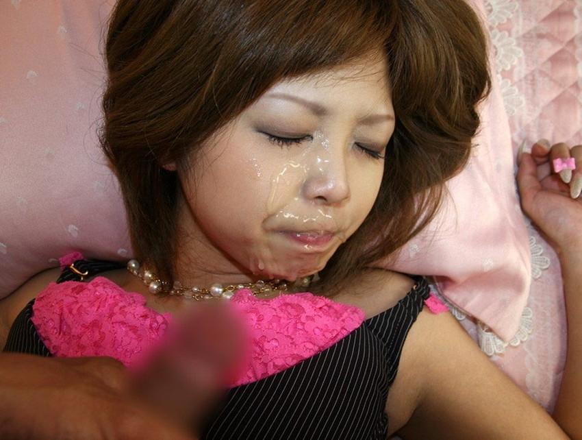 【顔射エロ画像】顔にザーメンぶっかけられた女の子たちの表情って抜けるだろ!? 27