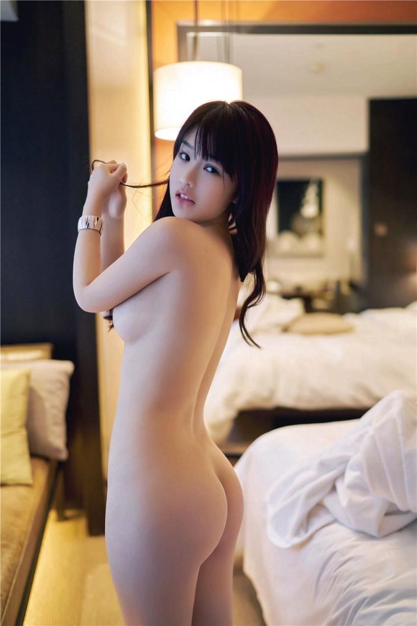 【美尻エロ画像】女の子らしいまぁるいお尻の魅力を徹底究明!?美尻エロ画像! 42
