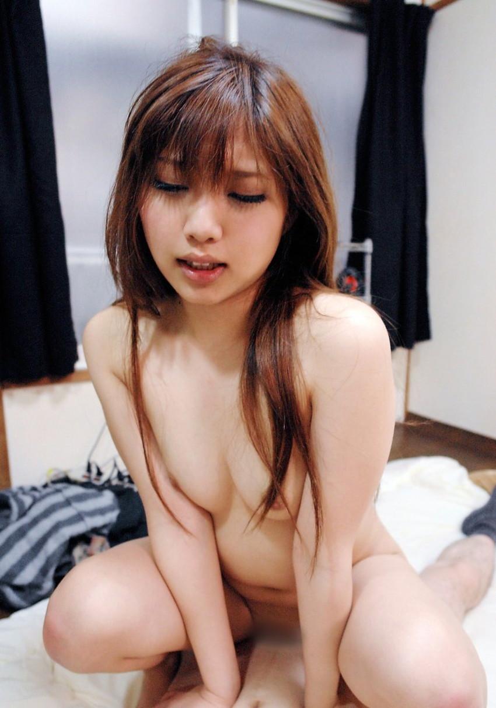 【騎乗位エロ画像】セックスに貪欲な女が好きそうな体位といったらコレじゃね?w 17