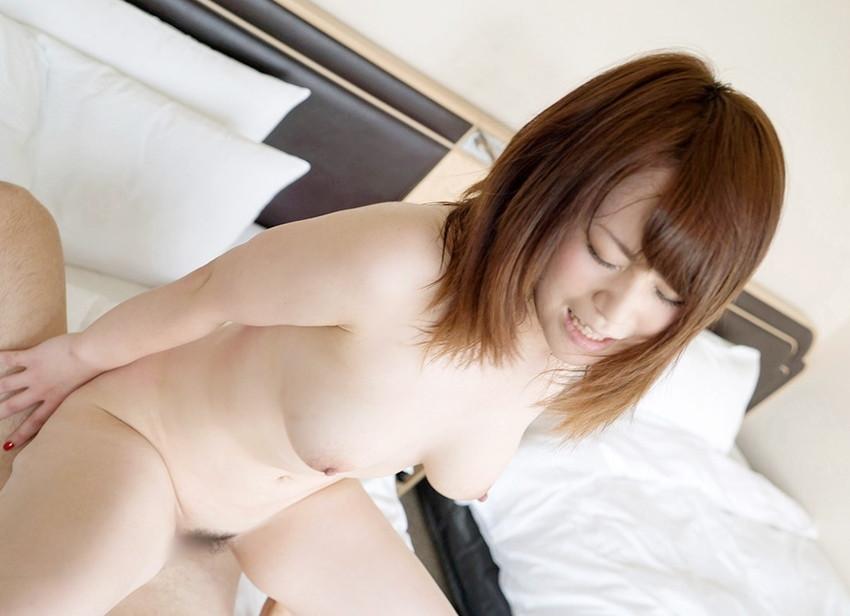 【騎乗位エロ画像】セックスに貪欲な女が好きそうな体位といったらコレじゃね?w 49