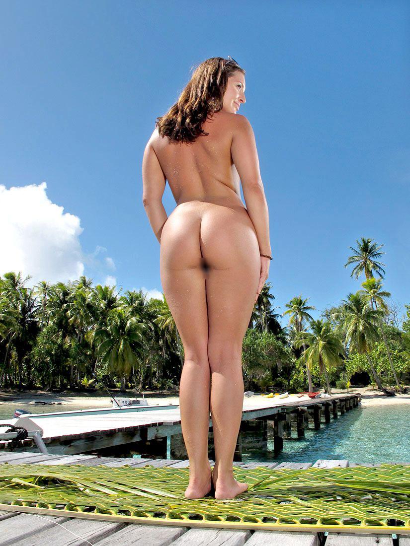 【海外美尻エロ画像】プロポーションの規格が違う!海外美女たちの美尻画像集めたったw 12
