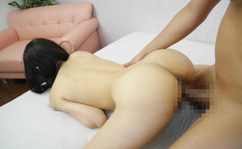 【バックエロ画像】後背位!言わずと知れたセックスのメジャー体位のバックでセックス! 33
