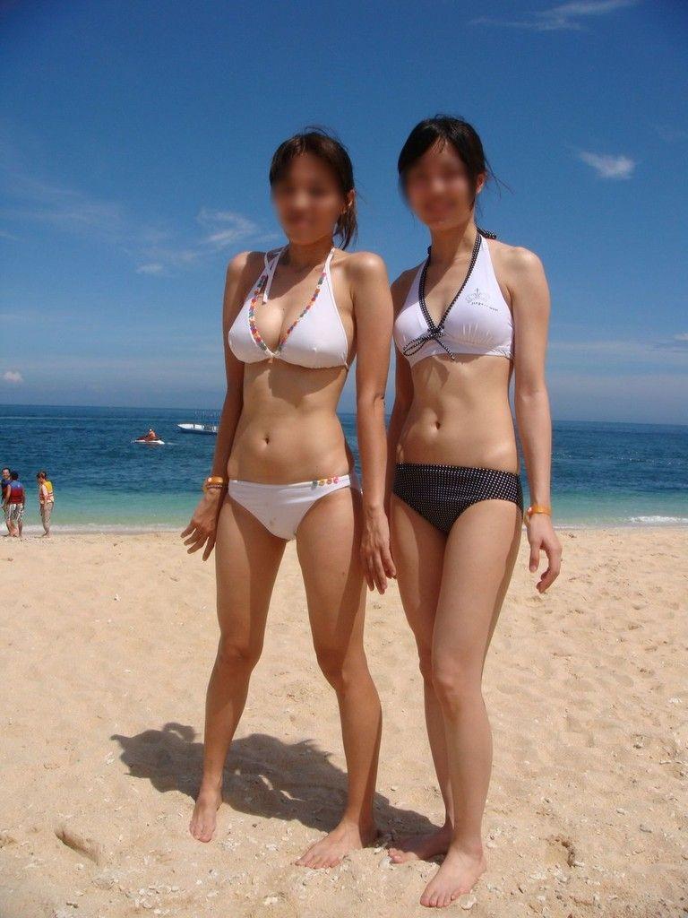 【素人水着エロ画像】素人娘たちの水着姿って生々しくて見ているだけでも勃起するw 20