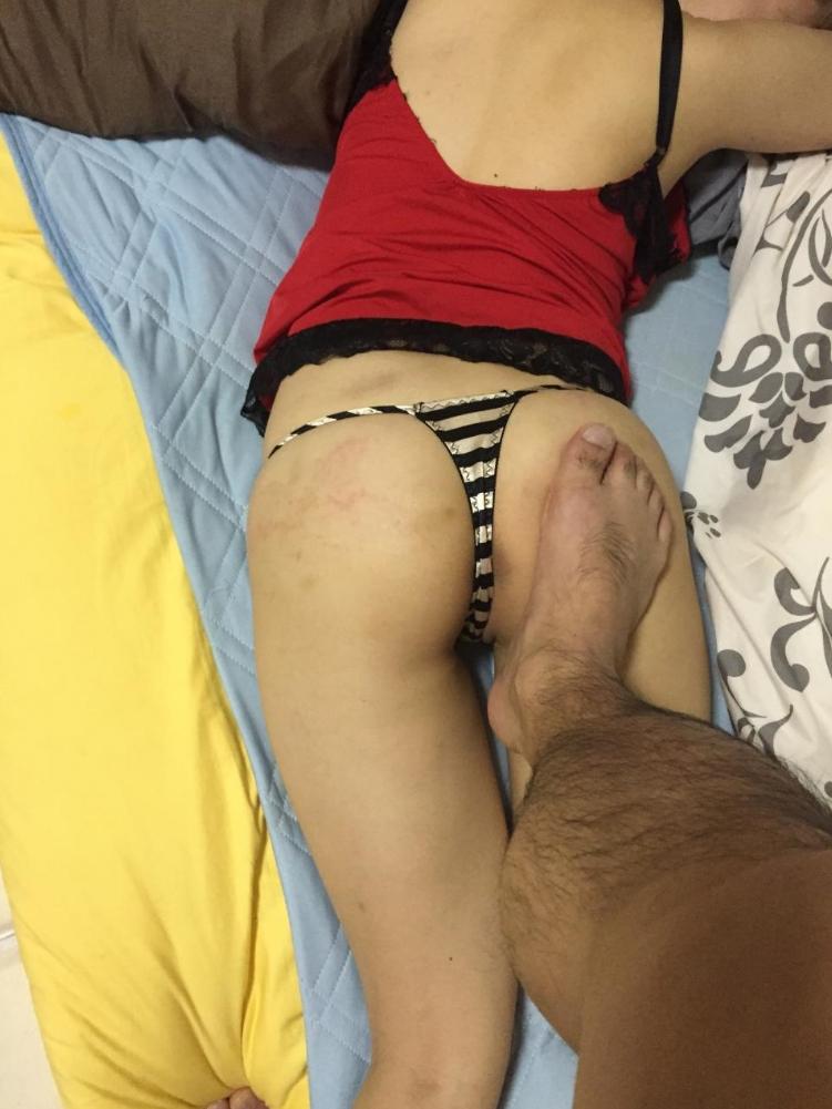 【Tバックエロ画像】美尻の女の子にぜひとも履いてもらいたいパンティーといえばコレしかない! 28