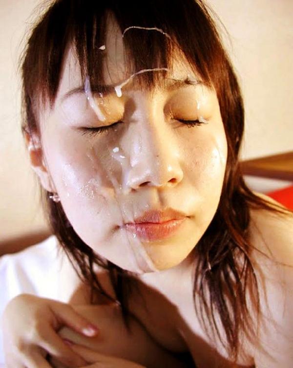 【顔射エロ画像】女の子の顔をドロッドロのザーメンで汚したいってやつ!寄って来いw 54