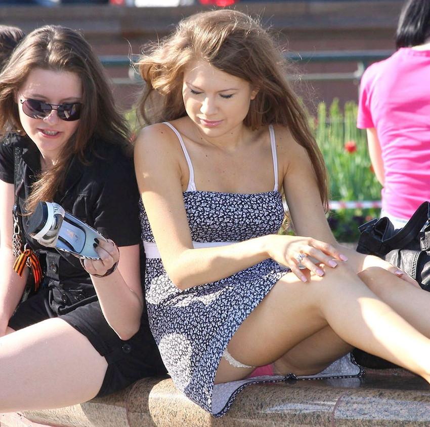 【海外パンチラエロ画像】海外の女の子たちのパンチラ画像も集めてみたぞww 42