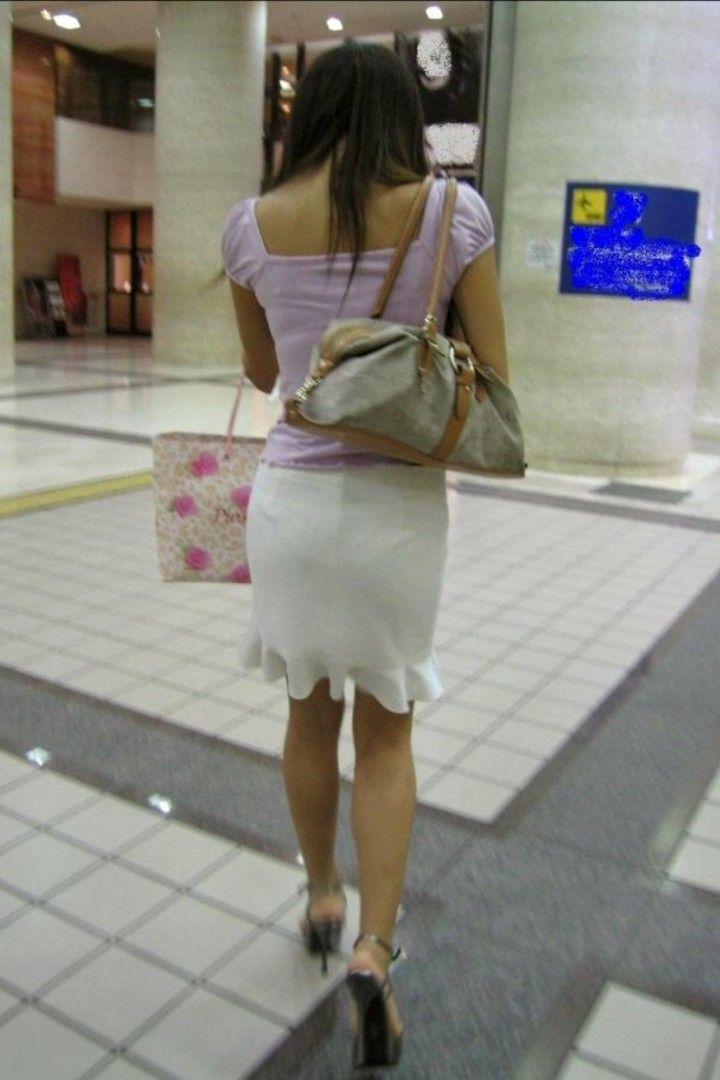 【街撮り着衣透けエロ画像】街中で着衣の透けてる女の子を激写したった! 06