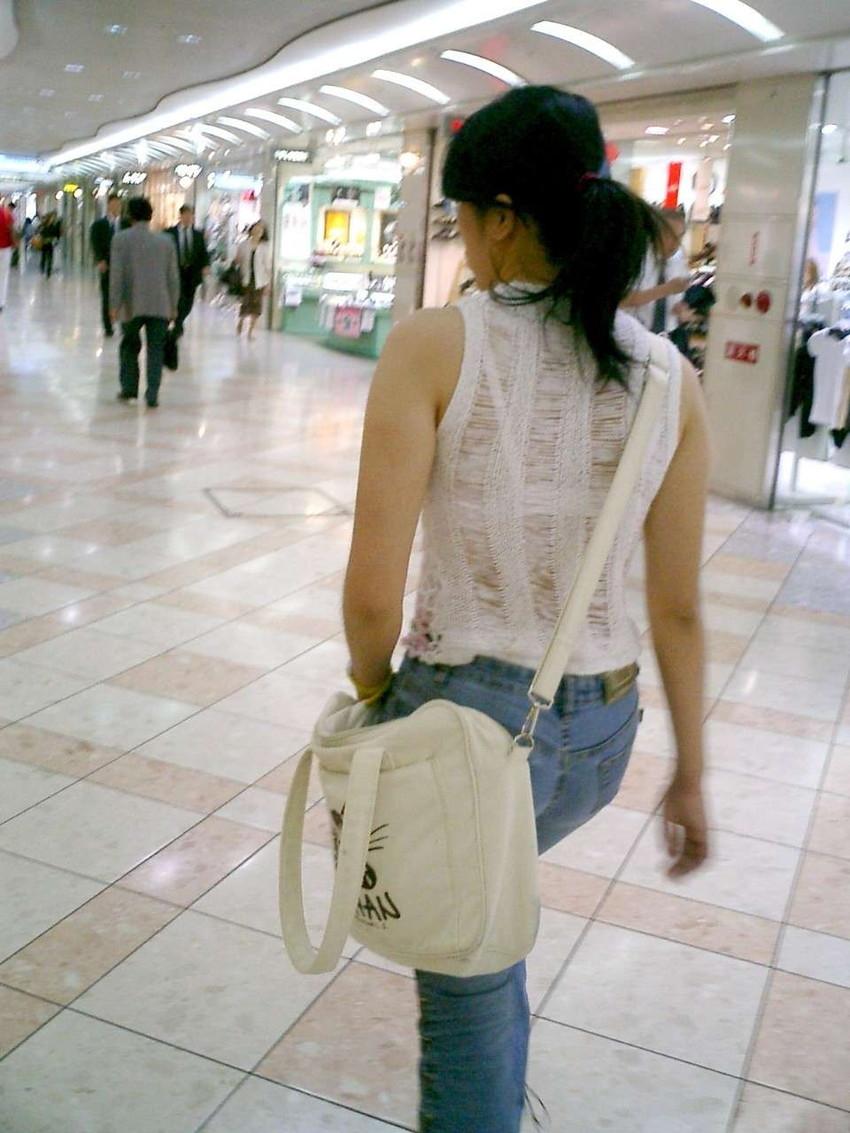 【街撮り着衣透けエロ画像】街中で着衣の透けてる女の子を激写したった! 13