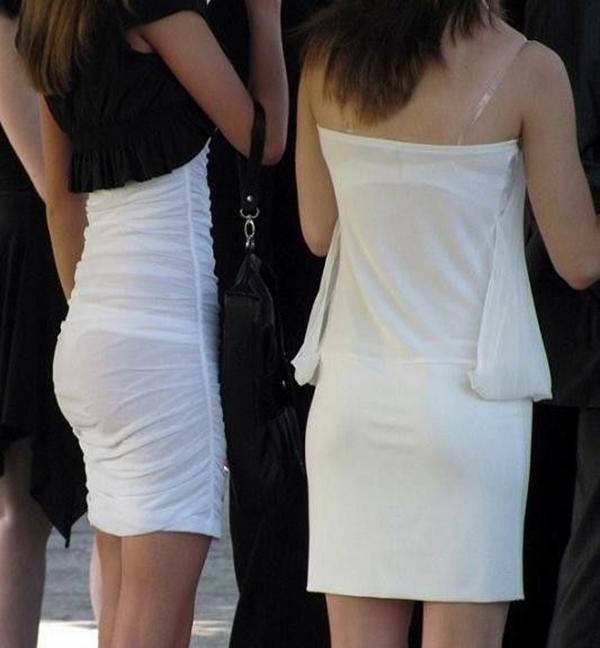 【街撮り着衣透けエロ画像】街中で着衣の透けてる女の子を激写したった! 17
