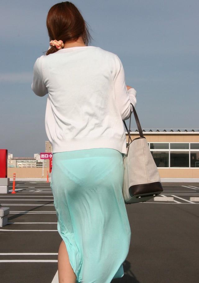【街撮り着衣透けエロ画像】街中で着衣の透けてる女の子を激写したった! 27