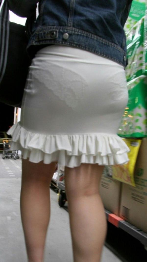 【街撮り着衣透けエロ画像】街中で着衣の透けてる女の子を激写したった! 28