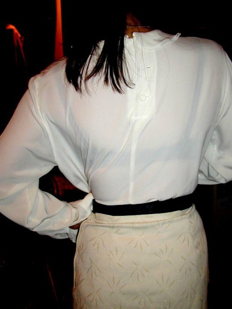 【街撮り着衣透けエロ画像】街中で着衣の透けてる女の子を激写したった! 41