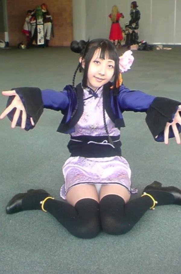 【コミケエロ画像】コミケ会場でみる素人コスプレイヤーの過激衣装に勃起は必然!? 43