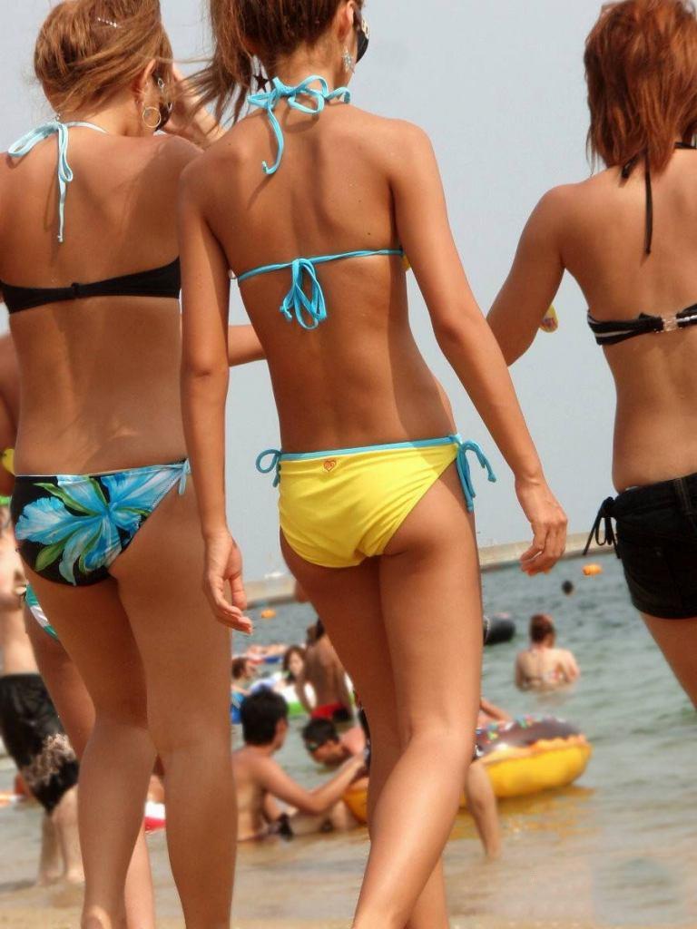 【素人水着エロ画像】夏間近!いよいよ訪れる待ち遠しい素人娘たちの水着の季節! 32