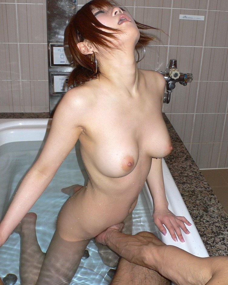 【手マンエロ画像】女子の性器を直に弄ぶ手マン!生々しい感触にフル勃起確定! 18