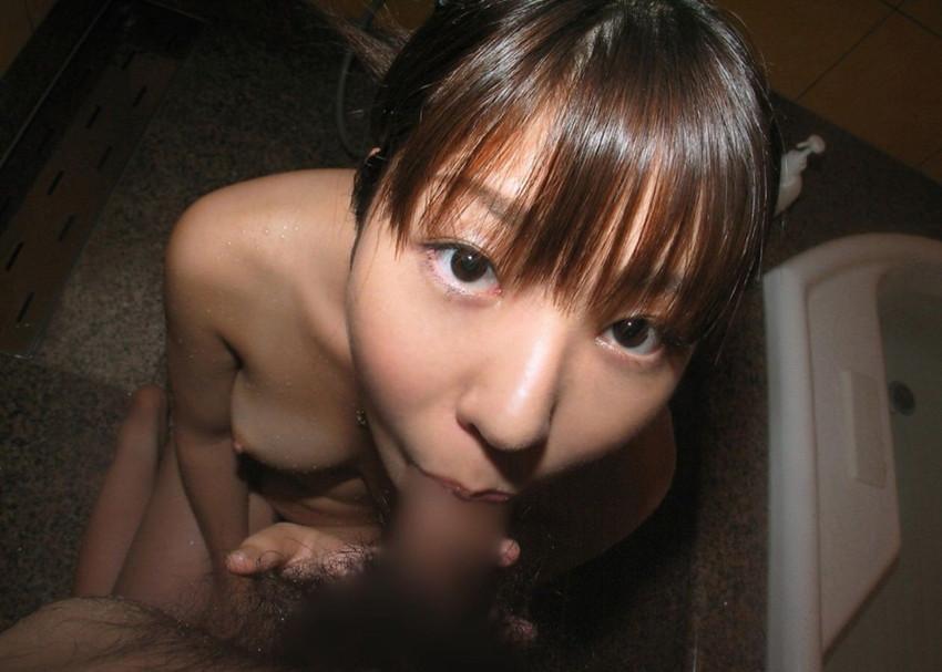 【全裸フェラチオエロ画像】一糸まとわぬ姿でチンポを求める女の全裸フェラチオ! 51