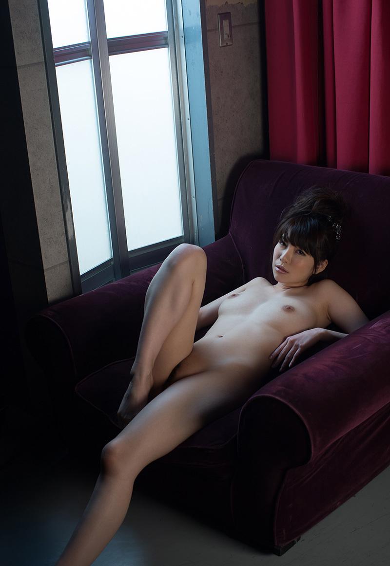 【オールヌードエロ画像】女の子のオールヌード!いつ見ても飽きることのない素晴らしさw 29