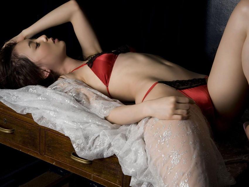 【セクシーランジェリーエロ画像】見た目のセクシーさを強調したセクシーランジェリー! 20