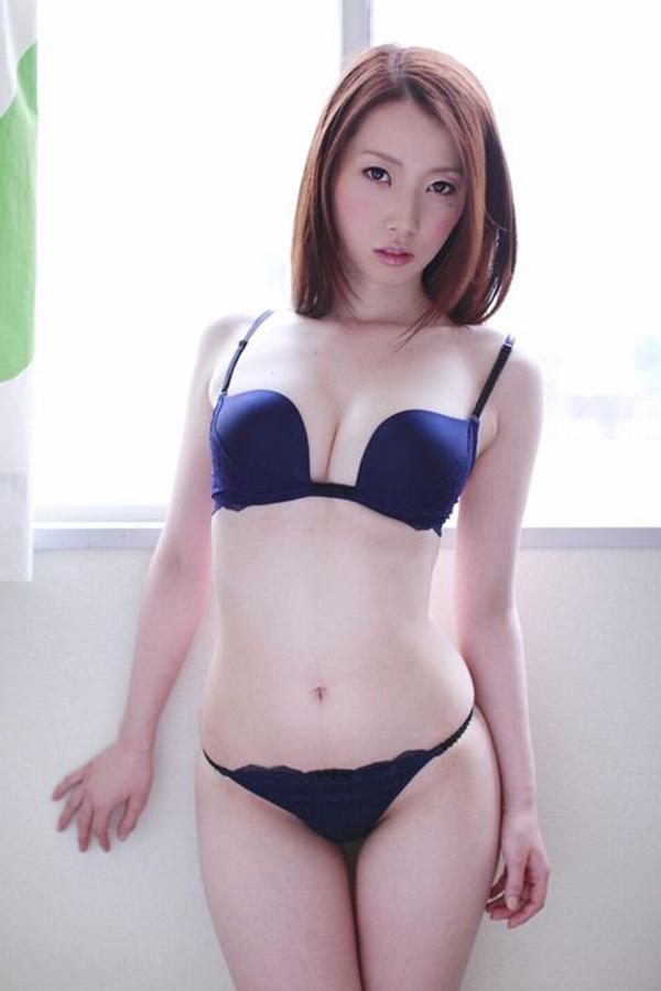 【セクシーランジェリーエロ画像】見た目のセクシーさを強調したセクシーランジェリー! 24