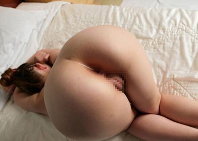 【アナルエロ画像】女の子がお尻の穴をカメラに向かって見せ付けている画像集めたったw