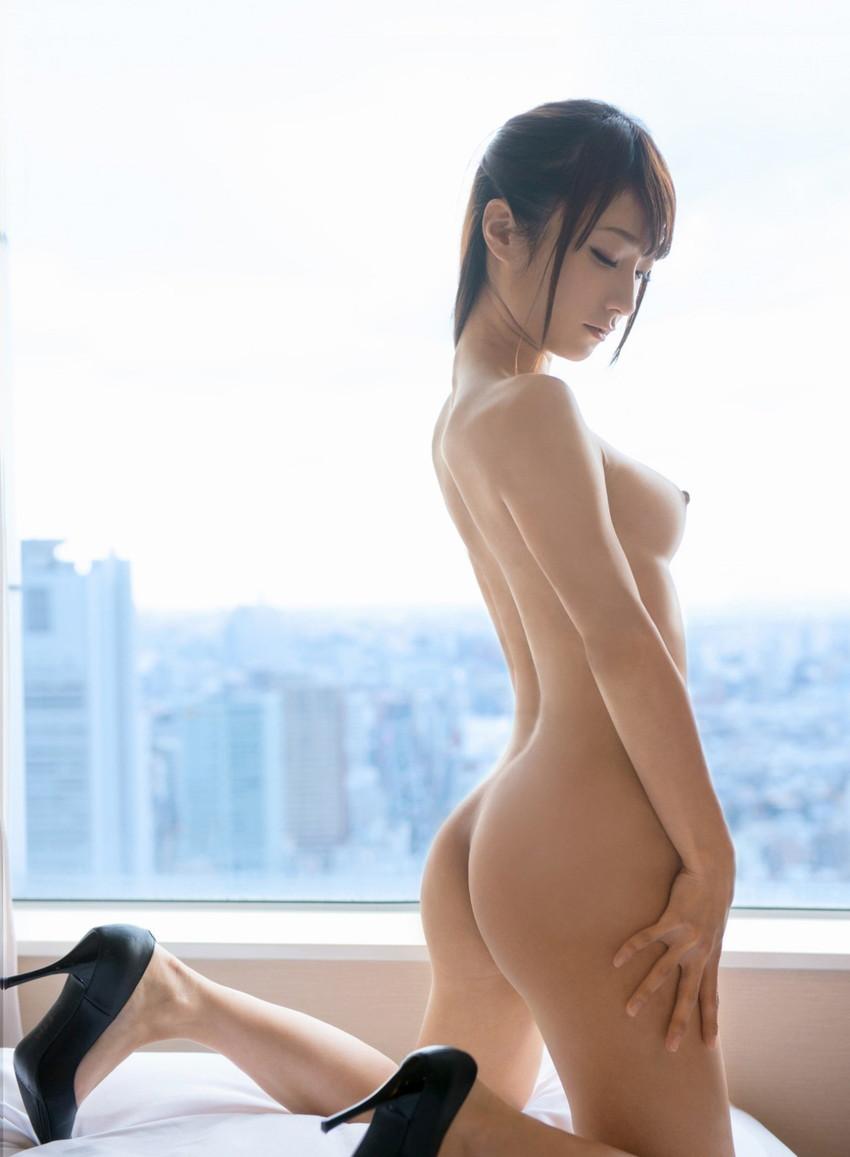 【フルヌードエロ画像】エロの原点はやっぱり女の子の裸なのかなwwww 13