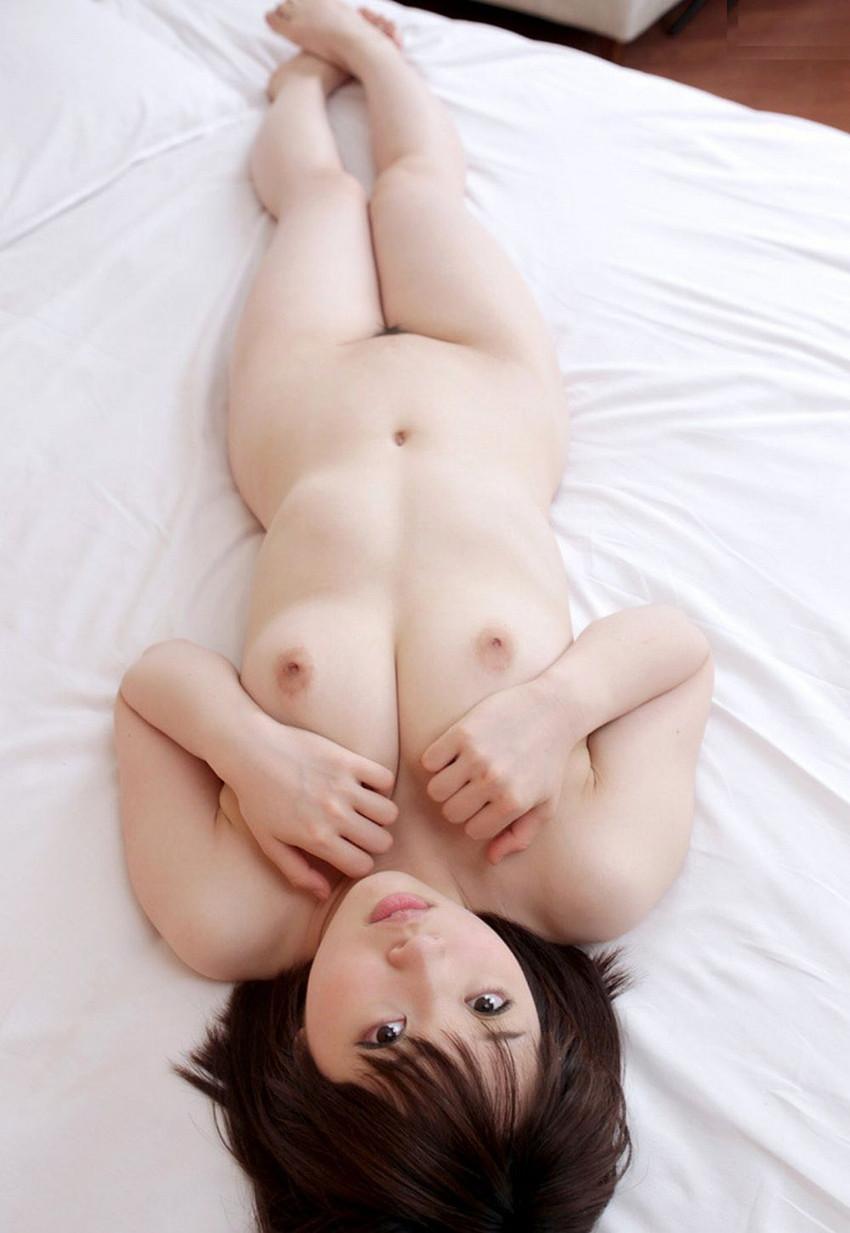 【フルヌードエロ画像】エロの原点はやっぱり女の子の裸なのかなwwww 22