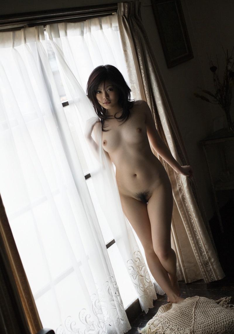 【フルヌードエロ画像】エロの原点はやっぱり女の子の裸なのかなwwww 24