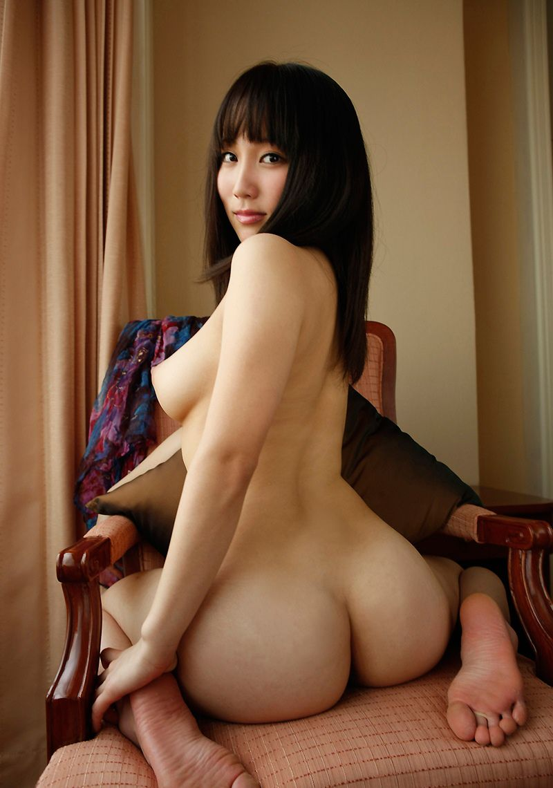 【美尻エロ画像】おっぱいよりもお尻に魅力を感じるやつ、ちょっと来い!ww 34