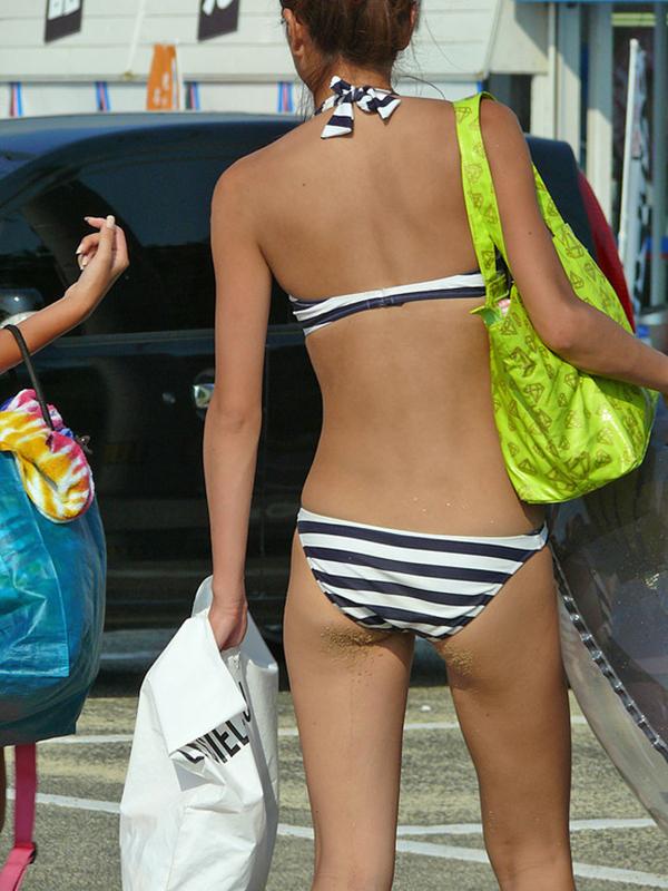 【素人水着エロ画像】素人臭漂う女の子たちの水着画像集めたったwww 23