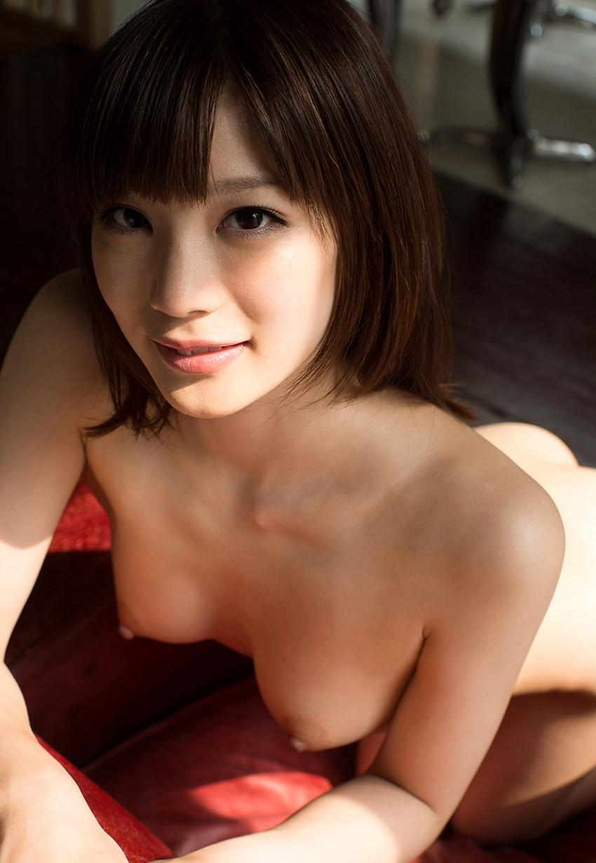 【美乳エロ画像】おっぱいは美しいに越したことはない!美乳な女の子特集! 35