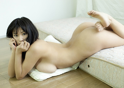 【美尻エロ画像】ぷりんぷりんのお尻に視線は釘付け!美尻な女の子たち!
